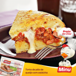 Torta de pão de queijo com salsicha de frango Minu